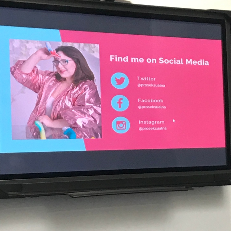 Image slide of Natalia and her social media platforms