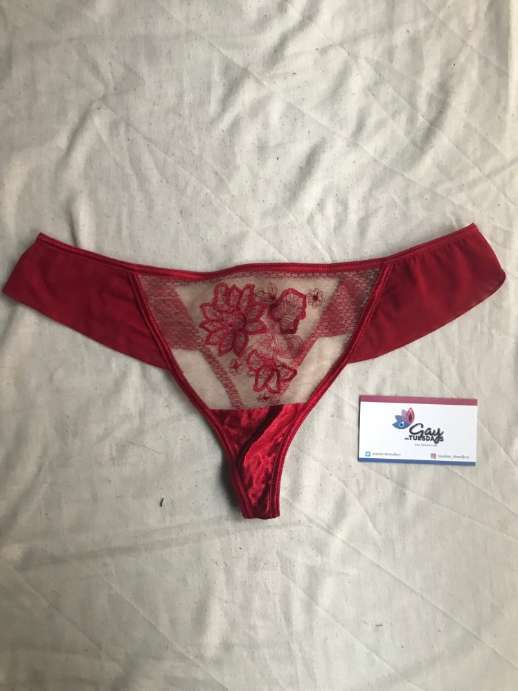 Front side view of the Roza Mehendi Thong